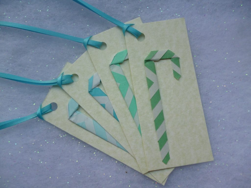 Candy cane origami tags