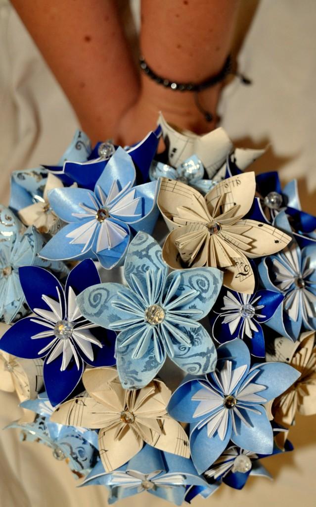 Medium bridal bouquet - £45
