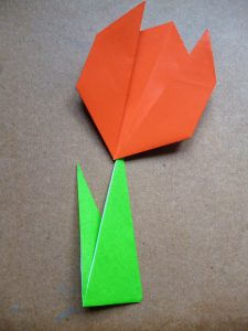 Origami Tulips : 7 Steps (with Pictures) - Instructables | 300x225